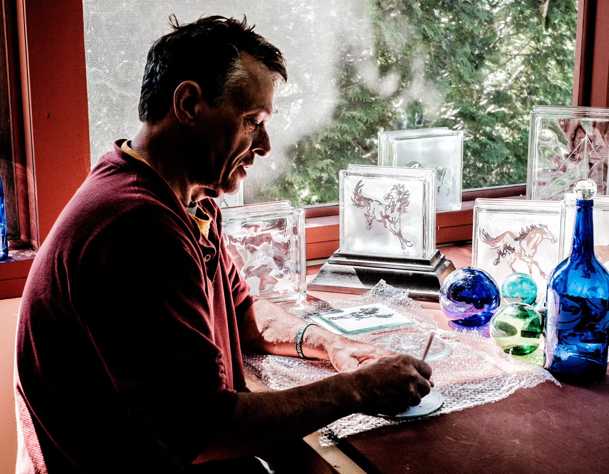 Dean Kent at Creating a Peace of Glass Art